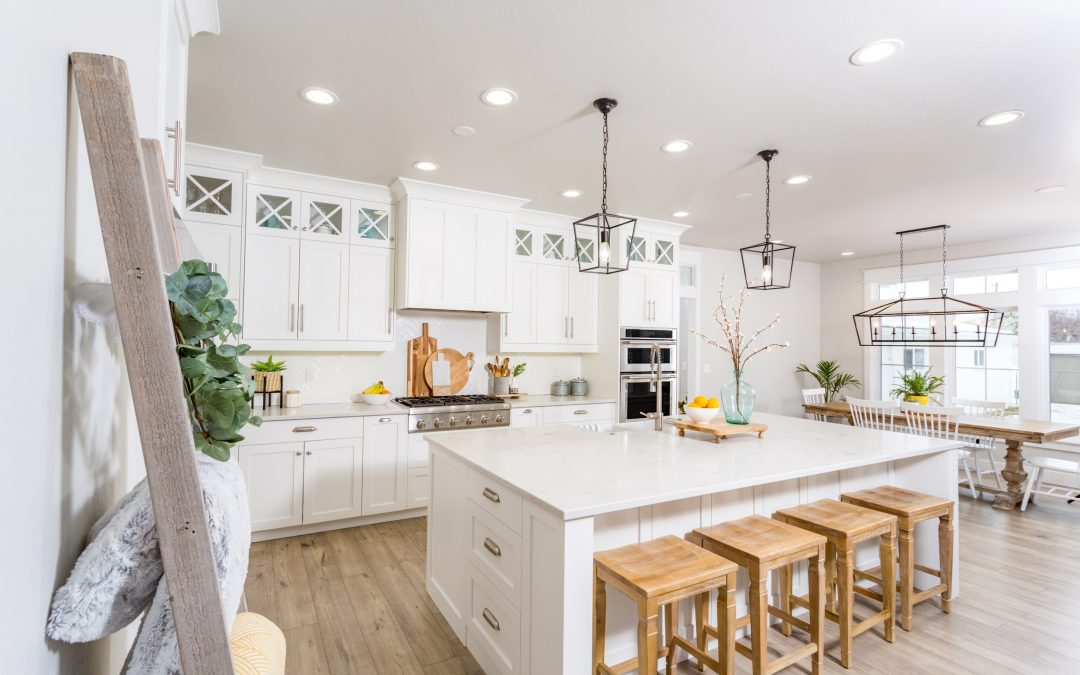 5 INEXPENSIVE WAYS TO UPDATE YOUR KITCHEN
